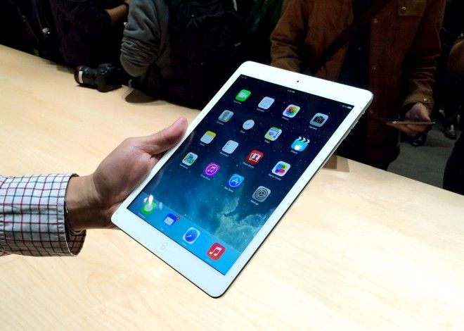 Pict19 5789476_apples-ipad-air-the-worlds-thinnest_t25859454